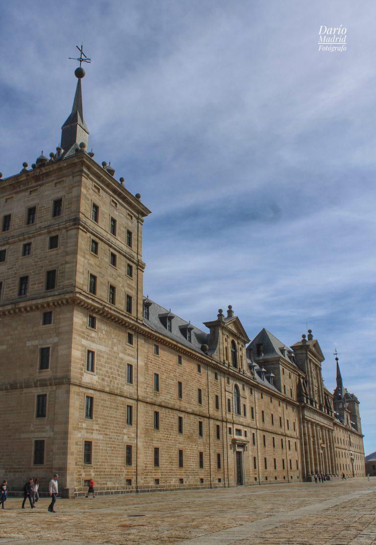 La Lonja del Monasterio de San Lorenzo de El Escorial