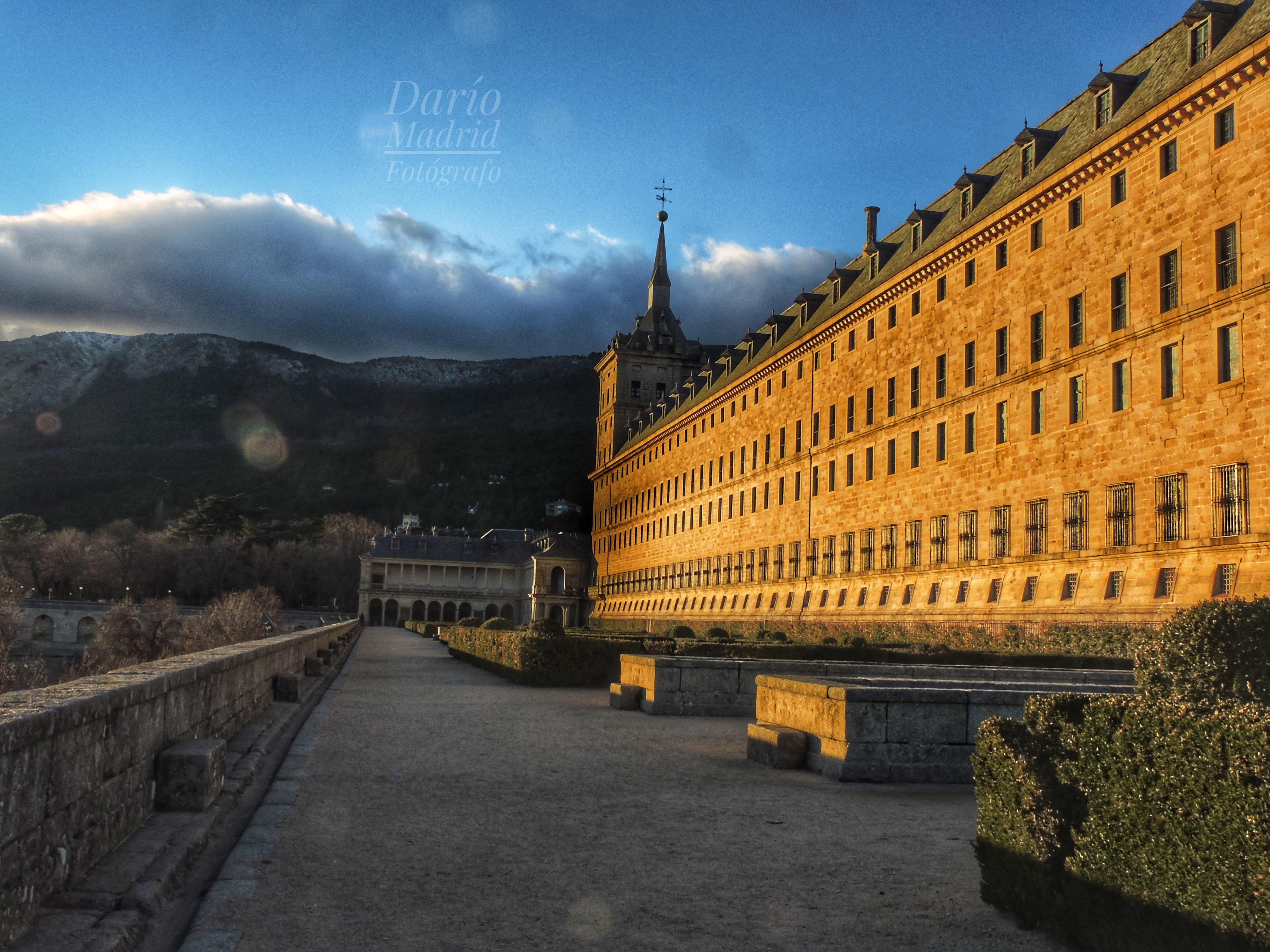 Atardecer en los Jardines del Monasterio de San