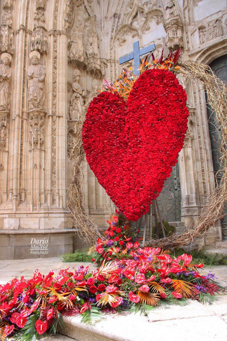 Decoración con ocasión de la celebración del Corpus Christi en la Catedral de Toledo