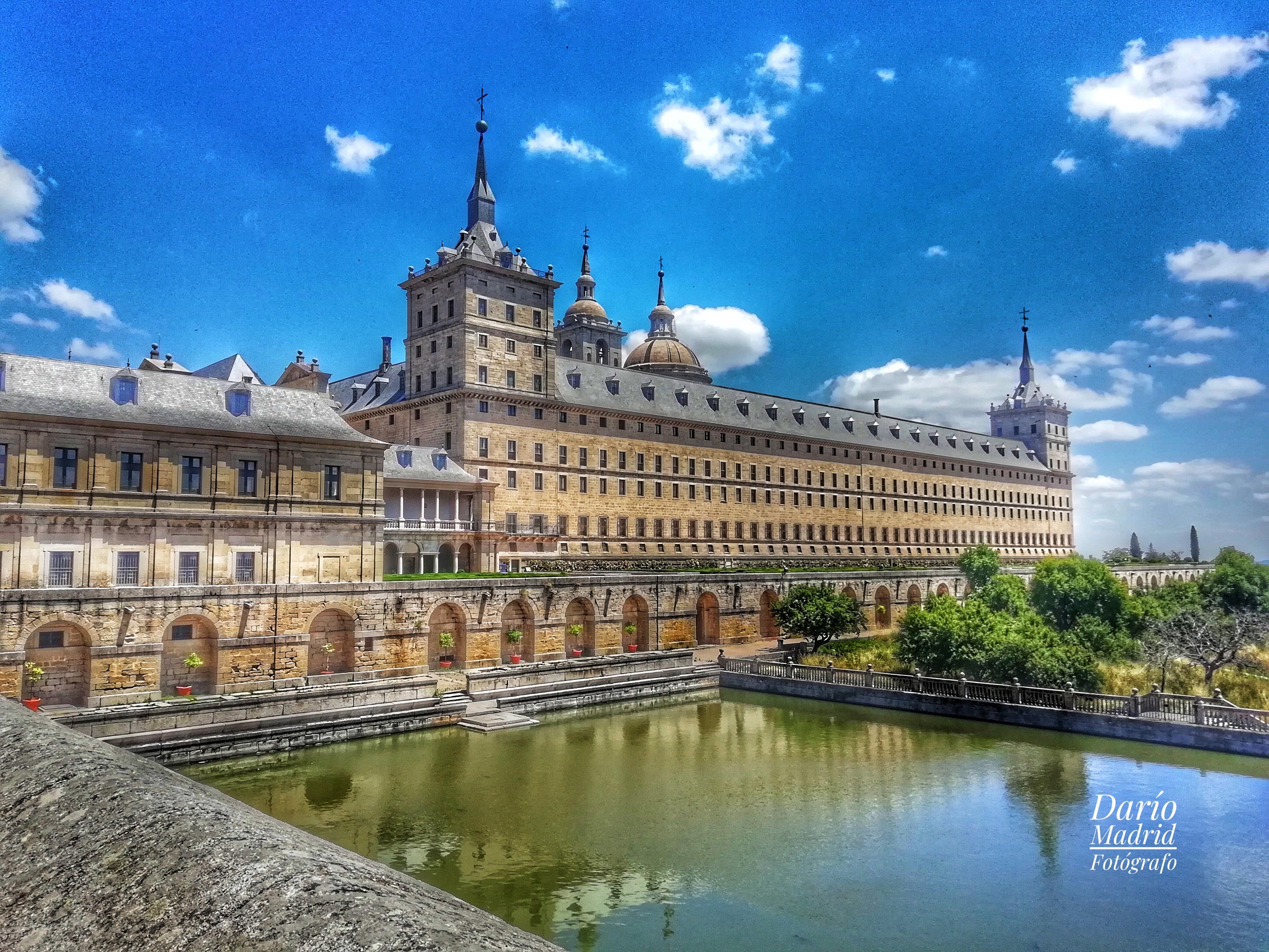 El Monasterio de San Lorenzo de Escorial desde el Estanque