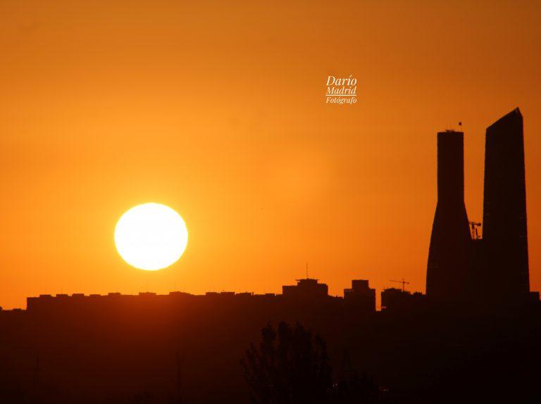 El Sol de Madrid saliendo por el Este