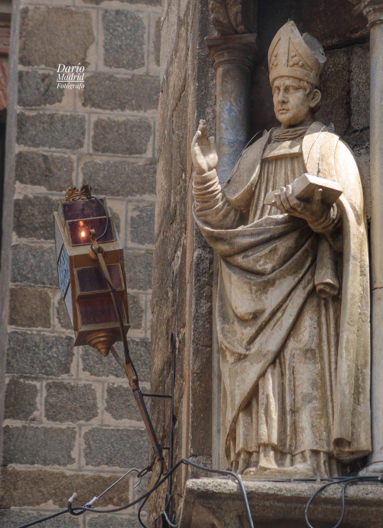 Escultura de Obispo de la Catedral de Toledo