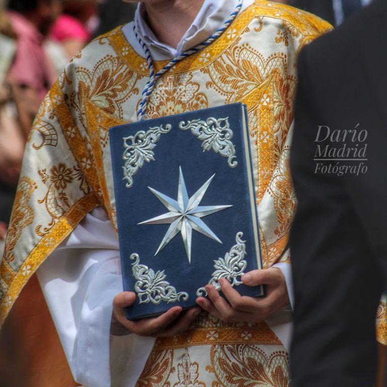 Las Santas Escrituras en la Procesión del Corpus Christi de Toledo