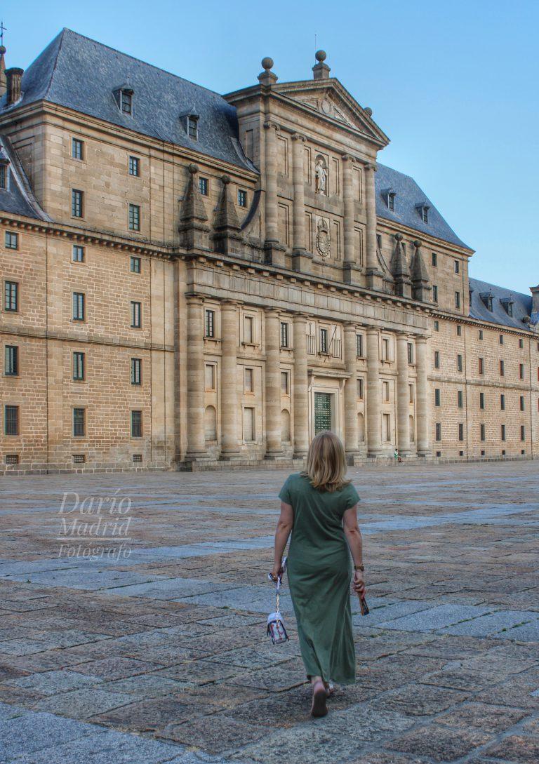 Paseando por la Lonja del Monasterio de San Lorenzo de El Escorial