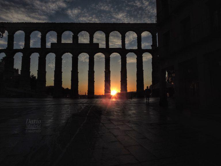 Amanecer frente al Acueducto de Segovia