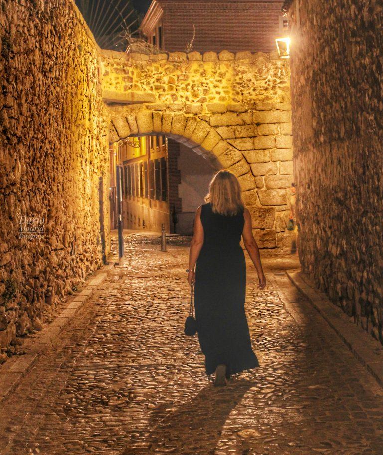 Paseando por la Noche de Segovia