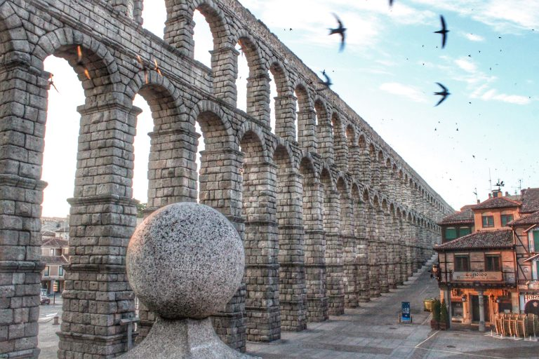 El Acueducto de Segovia a Primera Hora de la Mañana