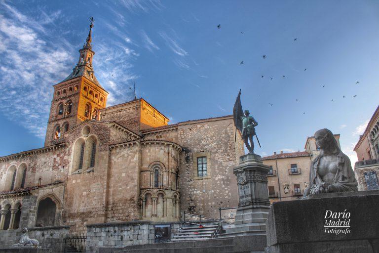 La Iglesia de San Martín de Segovia desde la Plaza de Juan Bravo