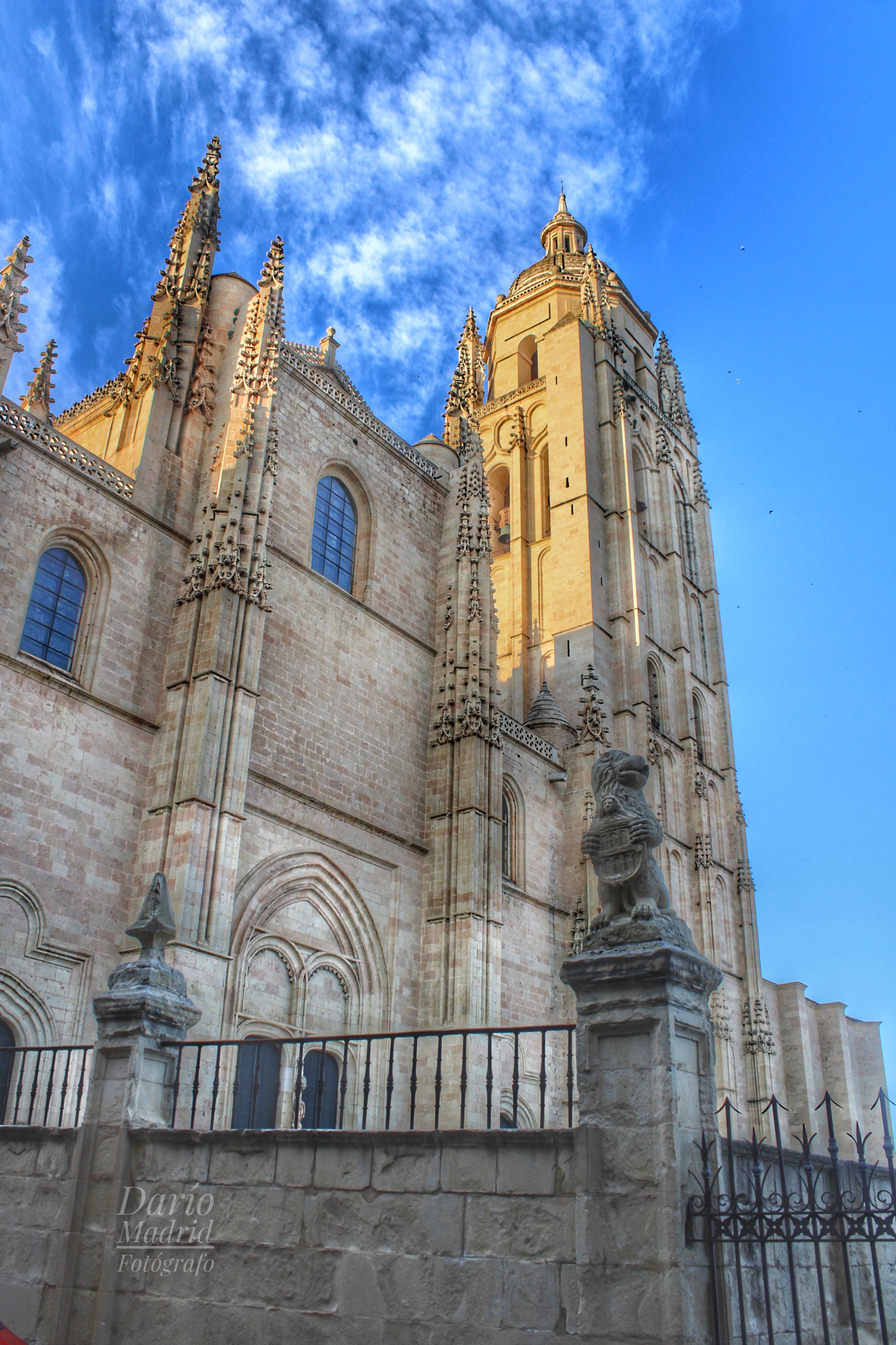 La Catedral de Segovia desde la calle del Marqués del Arco
