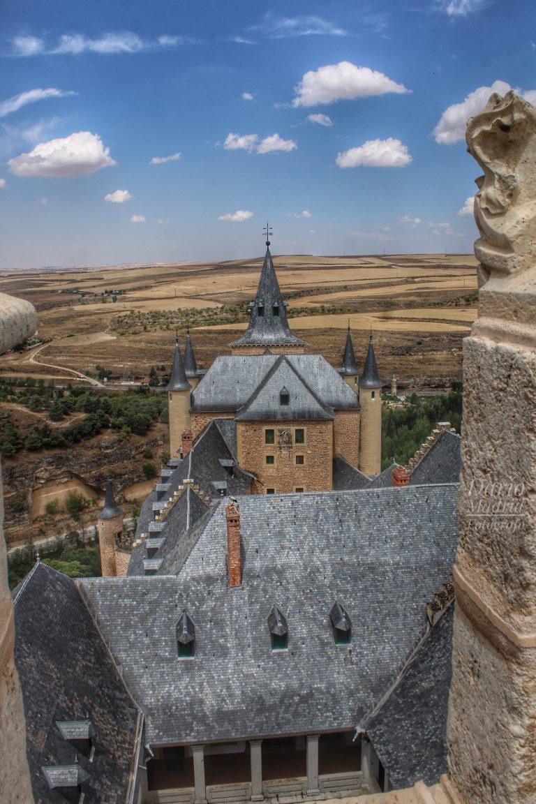 El Tejado del Alcázar de Segovia desde la Torre de Juan II
