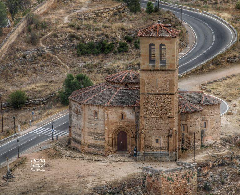 Iglesia de la Vera Cruz desde el Alcázar de Segovia