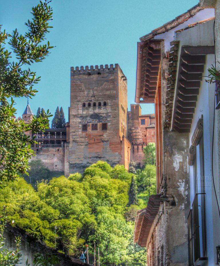 La Torre de Comares de la Alhambra de Granada