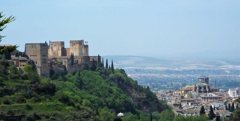 La Alhambra y la Catedral de Granada