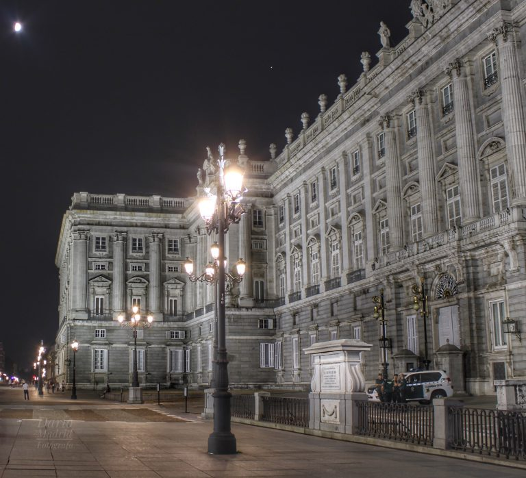 Nocturno del Palacio Real de Madrid
