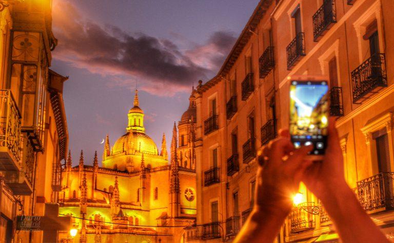 La «Dama de Segovia» al anochecer