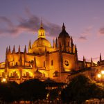 Nocturno de la Catedral de Segovia desde la Plaza Mayor
