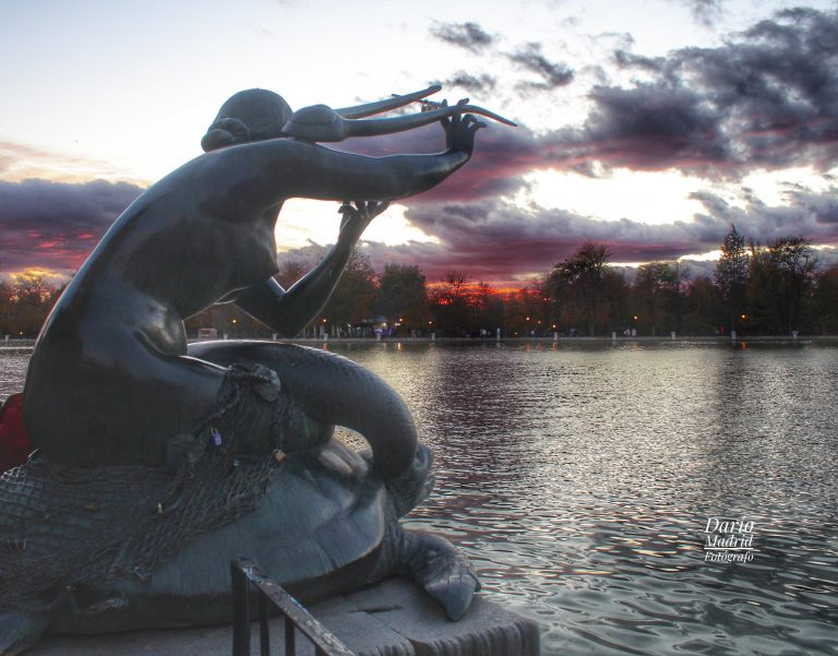 Ocaso en el Parque del Retiro de Madrid